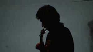 Juan Pablo Zaragoza: compositor, productor musical, guitarra, artista visual. Su producción musical abarca desde la composición para aplicaciones audio-visuales, hasta la investigación de nuevos materiales sonoros dentro del marco de la música electroacústica y contemporánea.
